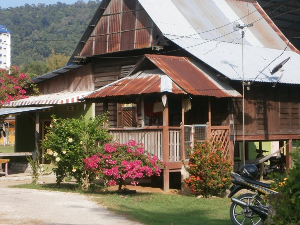 Sebuah rumah tradisi  yang cantik di Kg Masjid, Pangkor